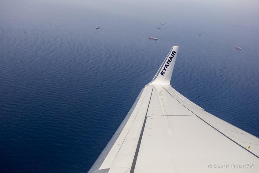 Pomorski promet je tod ogromen.