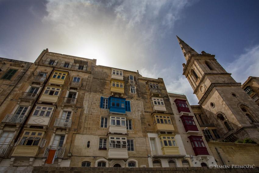 Baročni ali islamski balkončki?