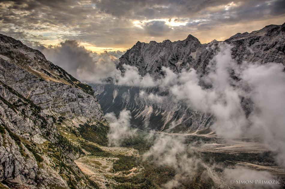 Pogled nazaj proti dolini