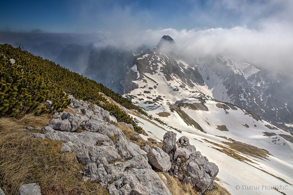 Mali Draški vrh se je vsake toliko časa prikazal