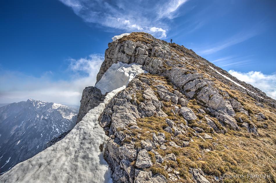 Pogled proti vrhu iz zahodne strani