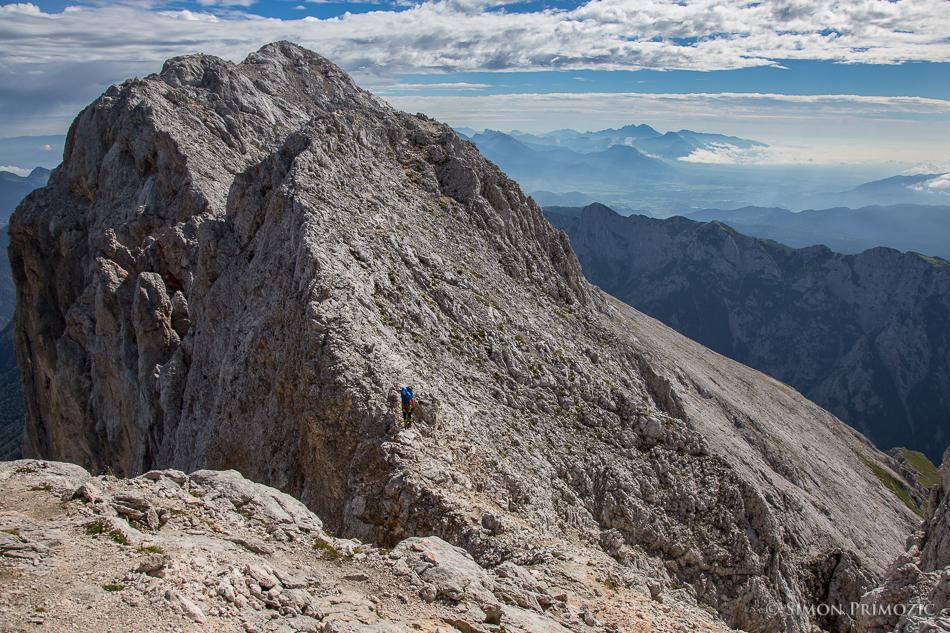 Pogled nazaj proti vrhu